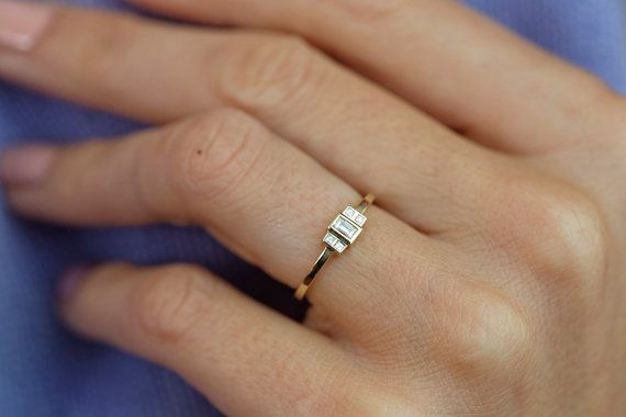 Baguette Diamonds Engagement Rings